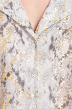 Load image into Gallery viewer, Gold Detail Printed V-Neck Shirt - Elrosé Store