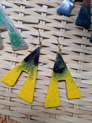 Hogwarts House Coloured Resin Glitter Earrings