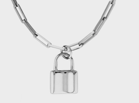 padlock necklace Silver by queen and collection