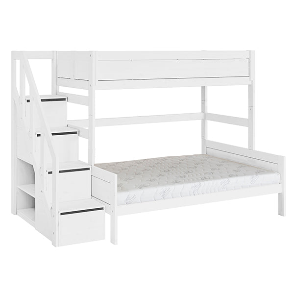 Family bunkbed with stepladder