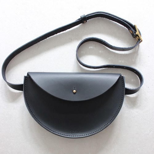 sjaelv - belt bag black
