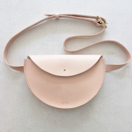 sjaelv - belt bag nude
