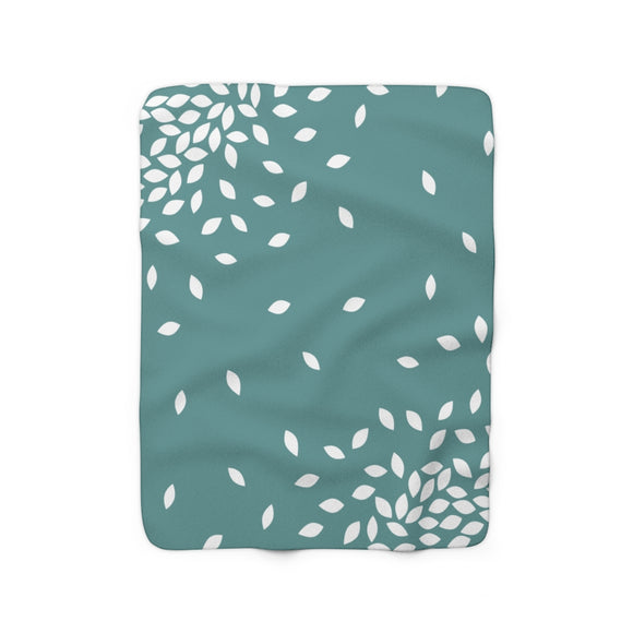Kathryne Sherpa Fleece Blanket (green).