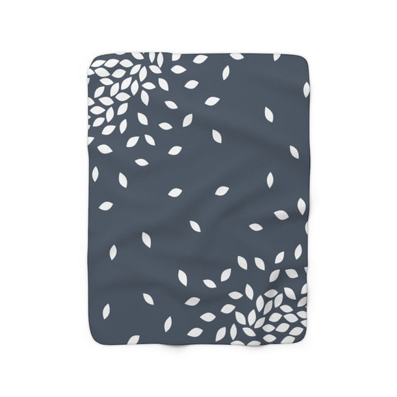 Kathryne Sherpa Fleece Blanket (blue gray).
