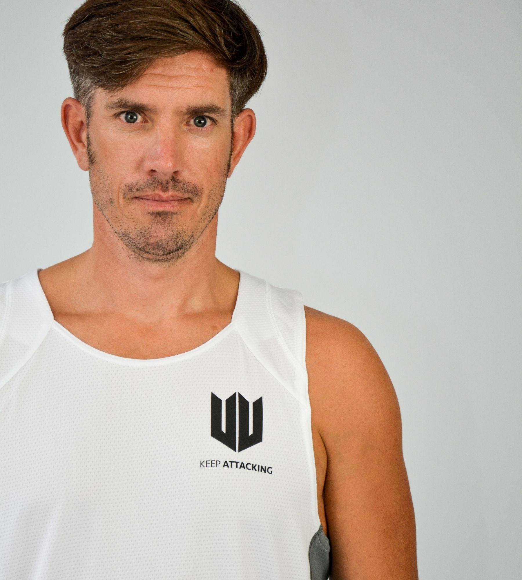 KA Mens Endurance Tank White Grey Closeup