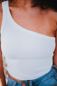 THE ALASKA ONE SHOULDER CROP