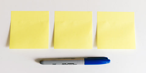Three post its for prioritization