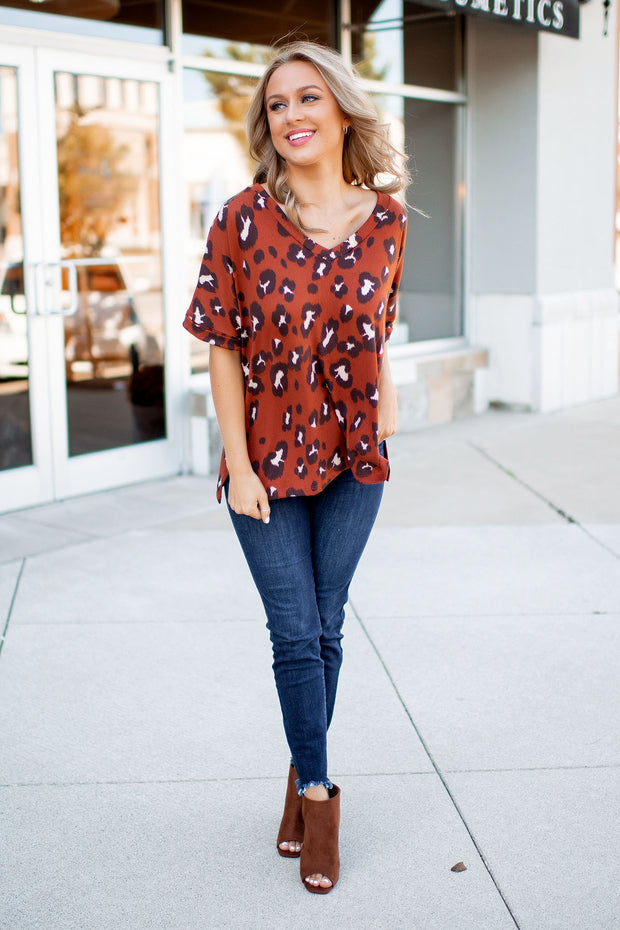 The Vella V-Neck Tee (Rust Leopard)FINAL SALE
