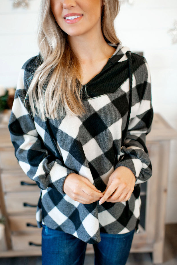 Seize The Check Pullover (Black/Ivory)