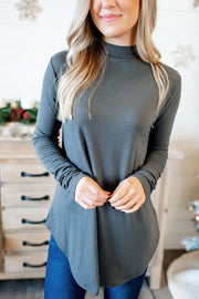 CURVY The Tina Turtleneck (Black) FINAL SALE