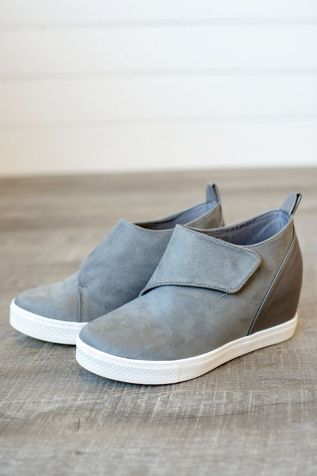 Melanie Wedged Sneaker (Grey)