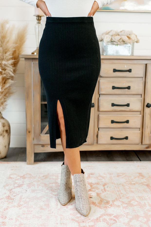 Ribbed Midi Skirt (Black)