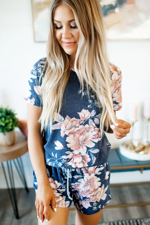 Casual Crush Floral Lounge Set (Navy)