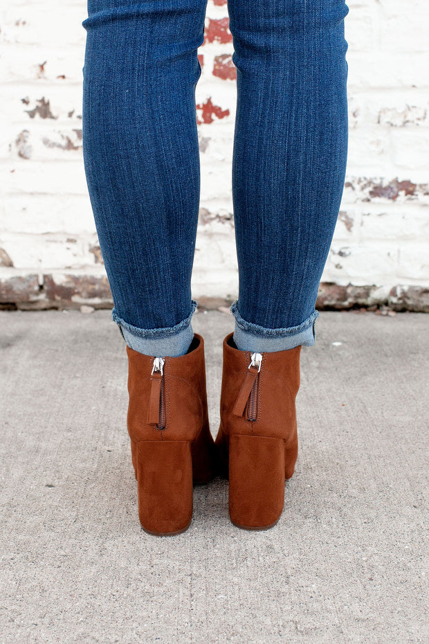 The Beth Anne Booties (Caffe)