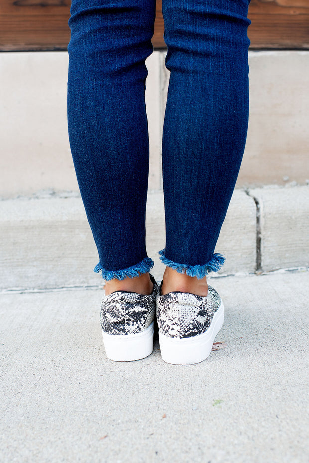 The Mason Platform Sneakers (Grey/White Snake)