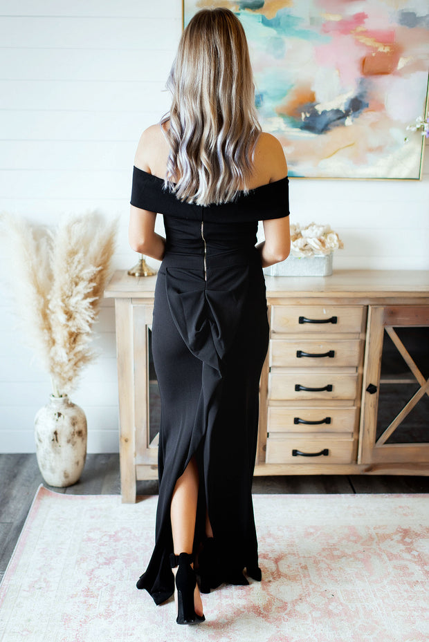 The Elayna Gown (Black)