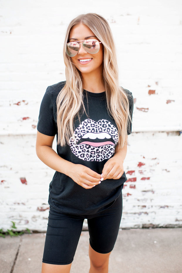 Don't Get Lippy Graphic Tee (Black)