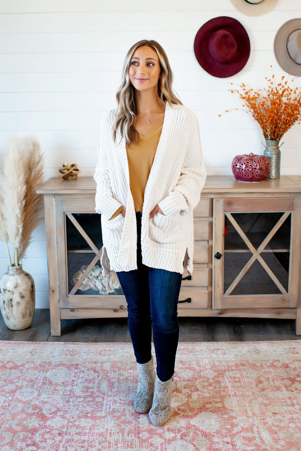 Couch Potato Knit Cardigan (Ivory)