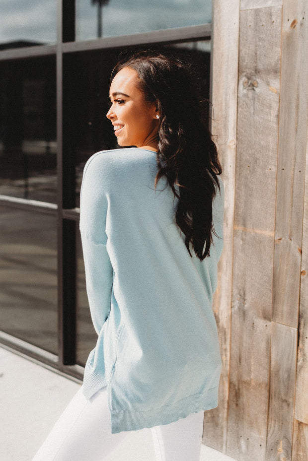 The Delilah Sweater (Blue)