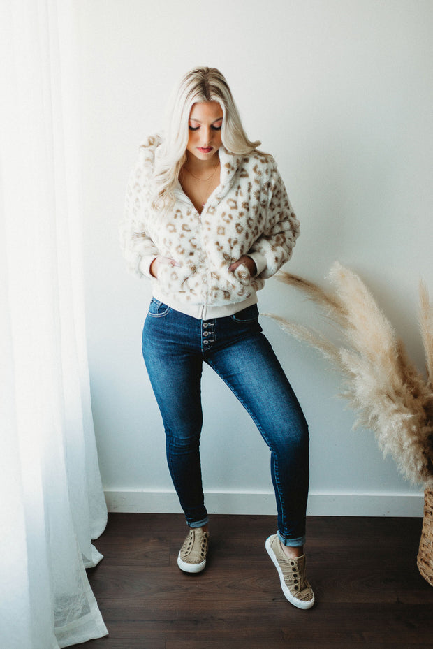 Cotton Candy Swirl Tee (Lavender/Mint/Coral) DOORBUSTER