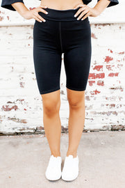 Pocket Top & Biker Shorts Set (Black)