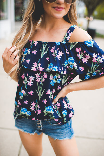 The Lana Floral Top (Navy)