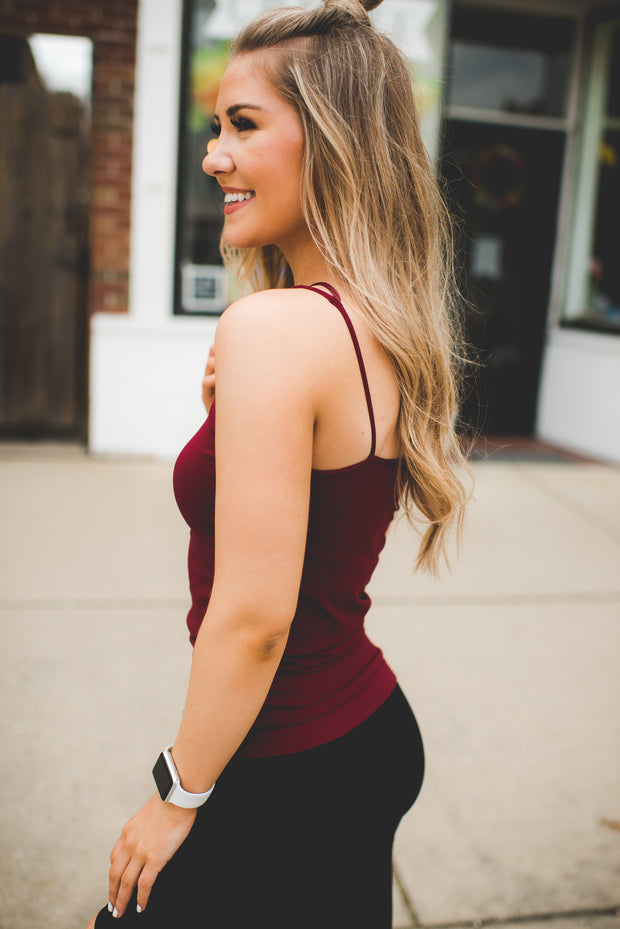 Seamless Strappy Cami (Burgundy)