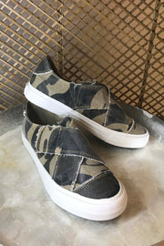 Gypsy Jazz Ivette Sneakers (Camo)