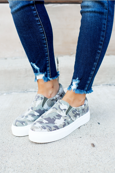 The Mason Platform Sneakers (Khaki Camo)