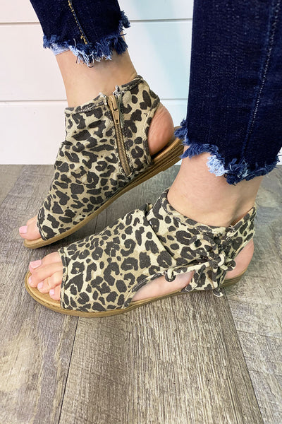 Gypsy Jazz Loopy Sandals (Leopard)(FINAL SALE)