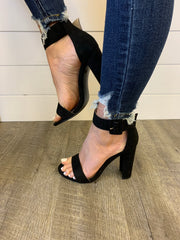The Holly Heels (Black)