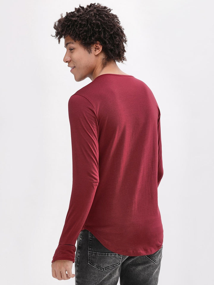 PAUSE Maroon Solid Cotton Square Neck Slim Fit Short Sleeve Mens T-Shirt
