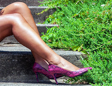 Load image into Gallery viewer, Fuchsia Snakeskin Pump