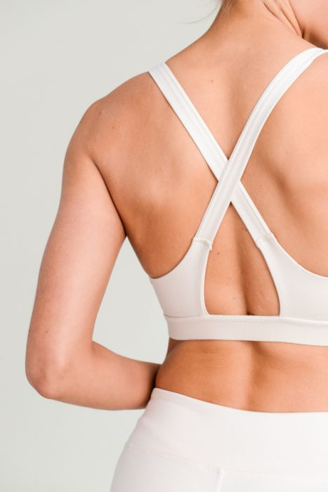 Overlay Back Solid Sports Bra