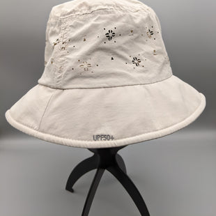 Primary Photo - BRAND:    CLOTHES MENTOR STYLE: HAT COLOR: BEIGE OTHER INFO: MOON SHADOW - SKU: 115-115302-18636