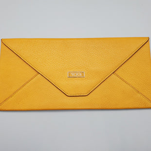 Primary Photo - BRAND: TUMI STYLE: WALLET COLOR: MUSTARD SIZE: LARGE SKU: 115-115302-15287EXCELLENT CONDITION, SMALL WHITE MARK ON INSIDE LEATHER (PICTURED)