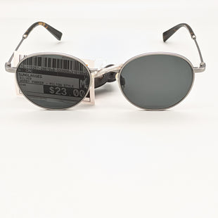 Primary Photo - BRAND:   CMC STYLE: SUNGLASSES COLOR: SILVER OTHER INFO: WARBY PARKER - MILTON STYLE SKU: 115-115257-29670SOME VERY SMALL SCRATCHES ON LENSE