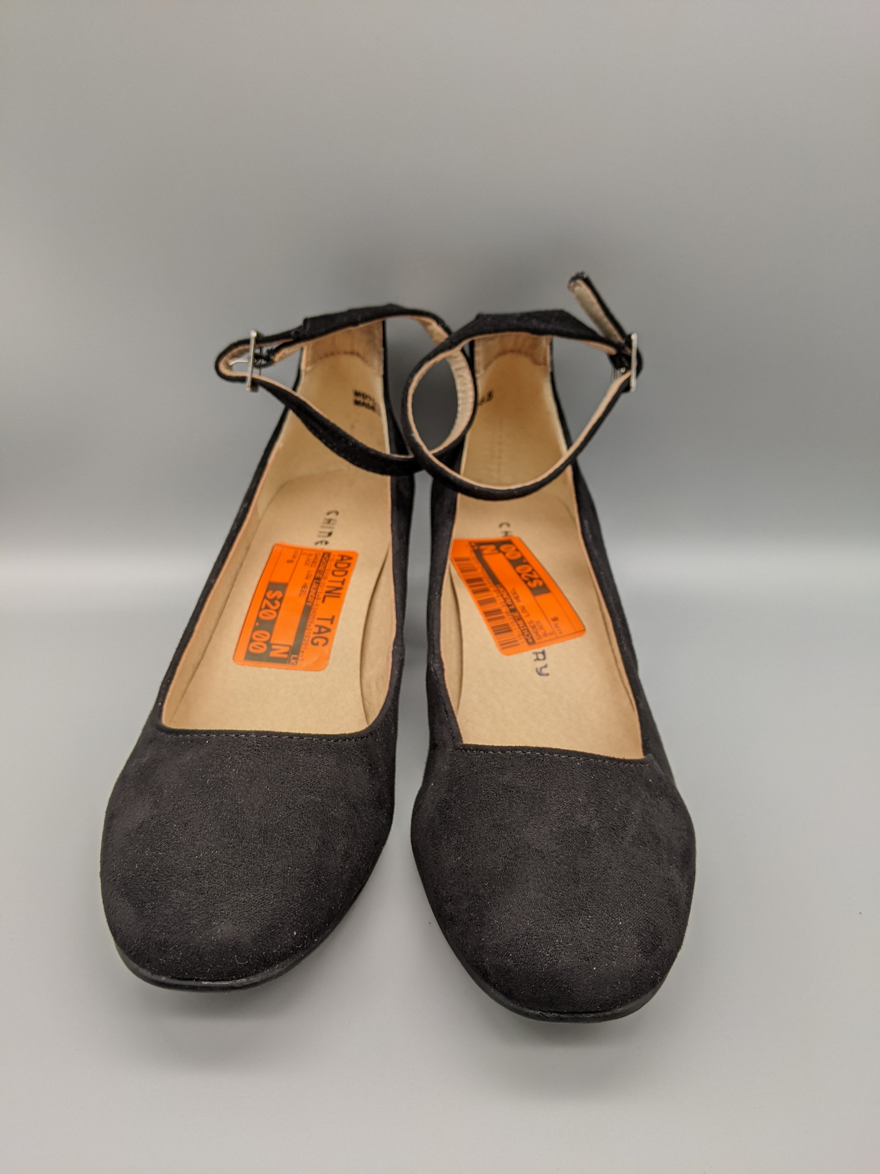 Photo #1 - BRAND: CHINESE LAUNDRY <BR>STYLE: SHOES LOW HEEL <BR>COLOR: BLACK <BR>SIZE: 6 <BR>SKU: 115-115338-3313