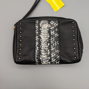 Primary Photo - BRAND: COLE-HAAN STYLE: WRISTLET COLOR: BLACK SKU: 115-115347-1057