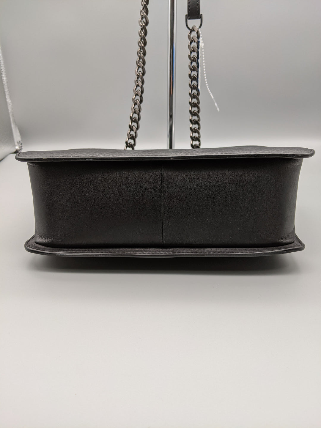 Photo #4 - BRAND: MACKAGE <BR>STYLE: HANDBAG <BR>COLOR: BLACK <BR>SIZE: MEDIUM <BR>SKU: 115-115260-93554<BR>MINOR WEAR