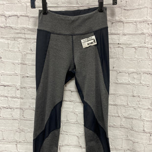 Primary Photo - BRAND: FREE PEOPLE STYLE: ATHLETIC CAPRIS COLOR: CHARCOAL SIZE: XS SKU: 115-115360-1696