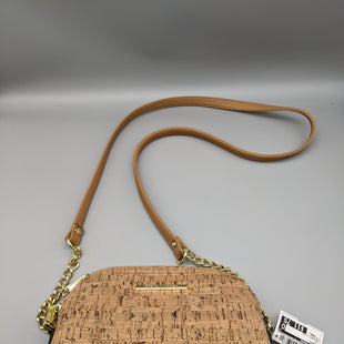 Primary Photo - BRAND: STEVE MADDEN STYLE: HANDBAG COLOR: TAN SIZE: SMALL OTHER INFO: CROSSBODY STRAP SKU: 115-115257-30004