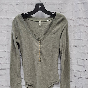 Primary Photo - BRAND: FREE PEOPLE STYLE: TOP LONG SLEEVE COLOR: GREEN SIZE: L OTHER INFO: BODYSUIT SKU: 115-115314-11156