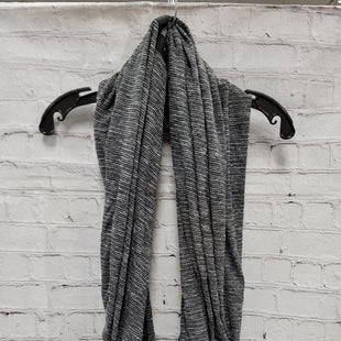 Primary Photo - BRAND: LULULEMON STYLE: SCARF COLOR: BLACK SKU: 115-115302-18549