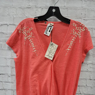 Primary Photo - BRAND:    CLOTHES MENTOR STYLE: TOP SHORT SLEEVE COLOR: CORAL SIZE: 3X OTHER INFO: KOMODO - SKU: 115-115309-20836