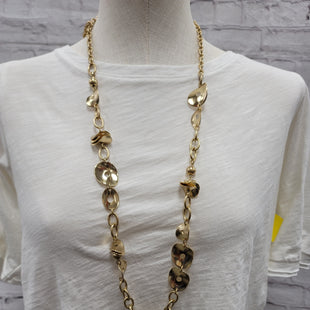 Primary Photo - BRAND: CHICOS STYLE: NECKLACE COLOR: GOLD SKU: 115-115322-8168