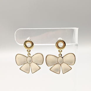 Primary Photo - BRAND:    CLOTHES MENTOR STYLE: EARRINGS SKU: 115-11545-100133
