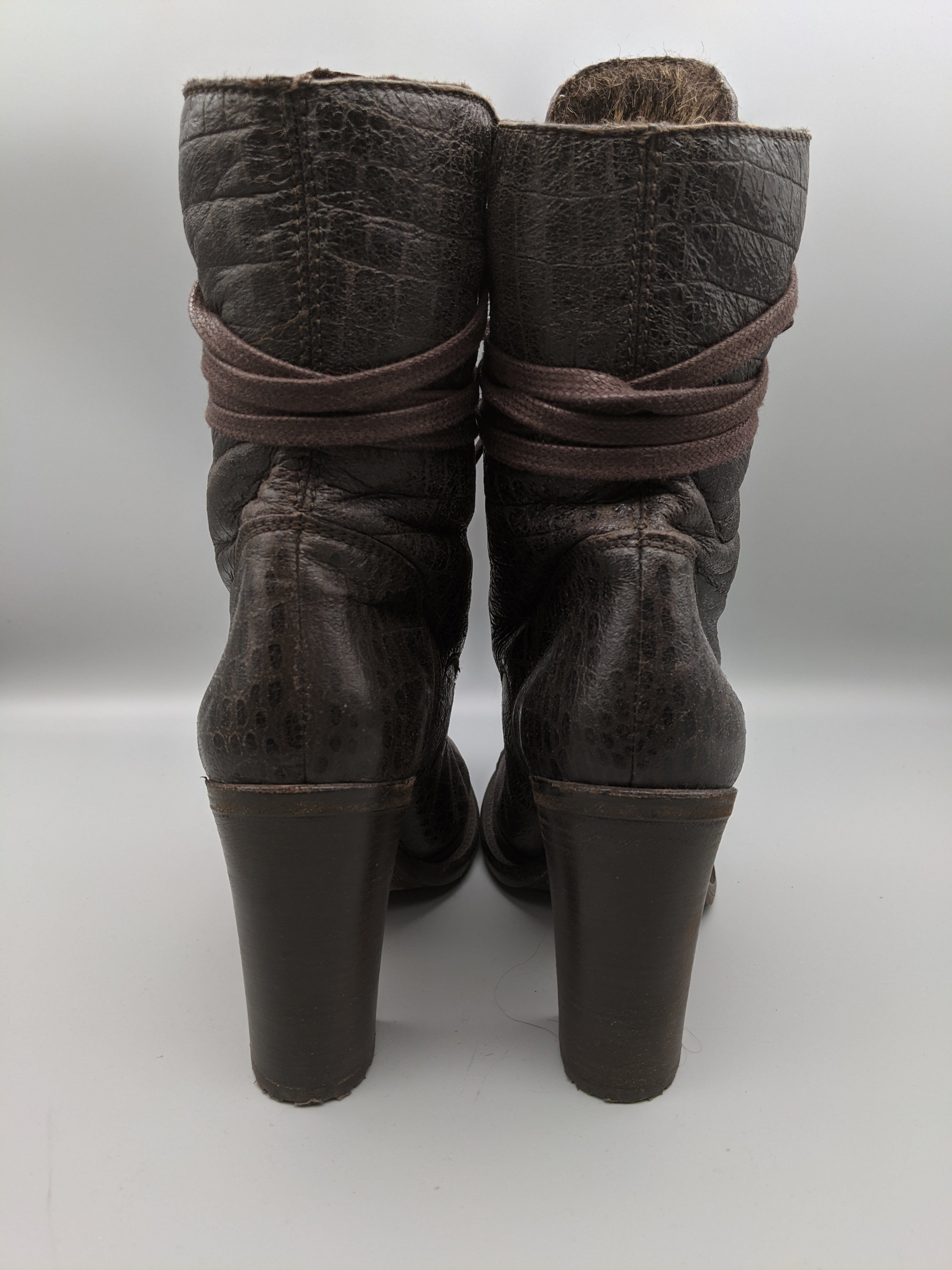 Photo #2 - BRAND: UGG <BR>STYLE: BOOTS ANKLE <BR>COLOR: CHOCOLATE <BR>SIZE: 7.5 <BR>OTHER INFO: FUR, MADE IN ITALY <BR>SKU: 115-115255-53642