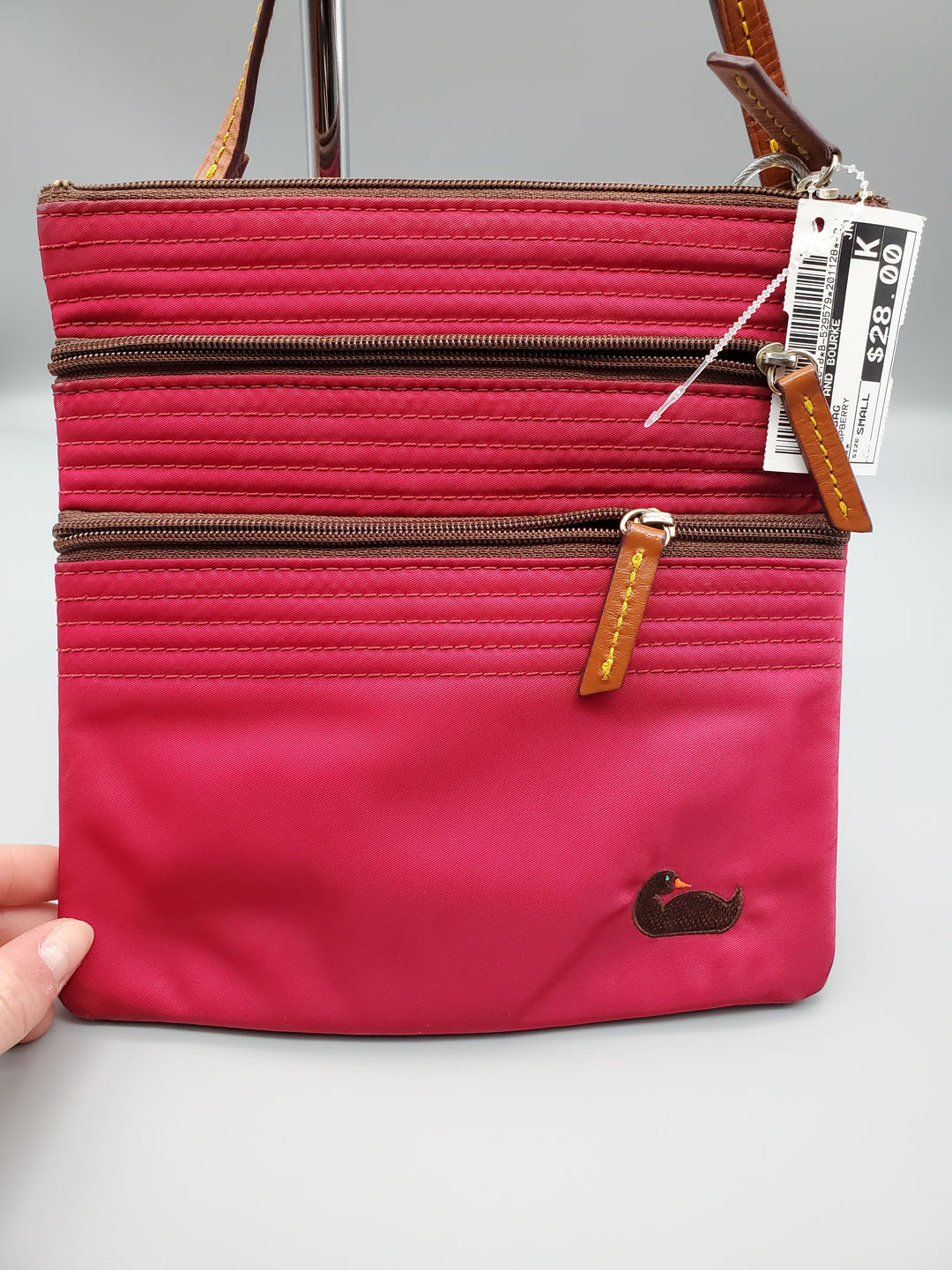 Photo #3 - BRAND: DOONEY AND BOURKE <BR>STYLE: HANDBAG <BR>COLOR: RASPBERRY <BR>SIZE: SMALL <BR>OTHER INFO: ** <BR>SKU: 115-115347-2018