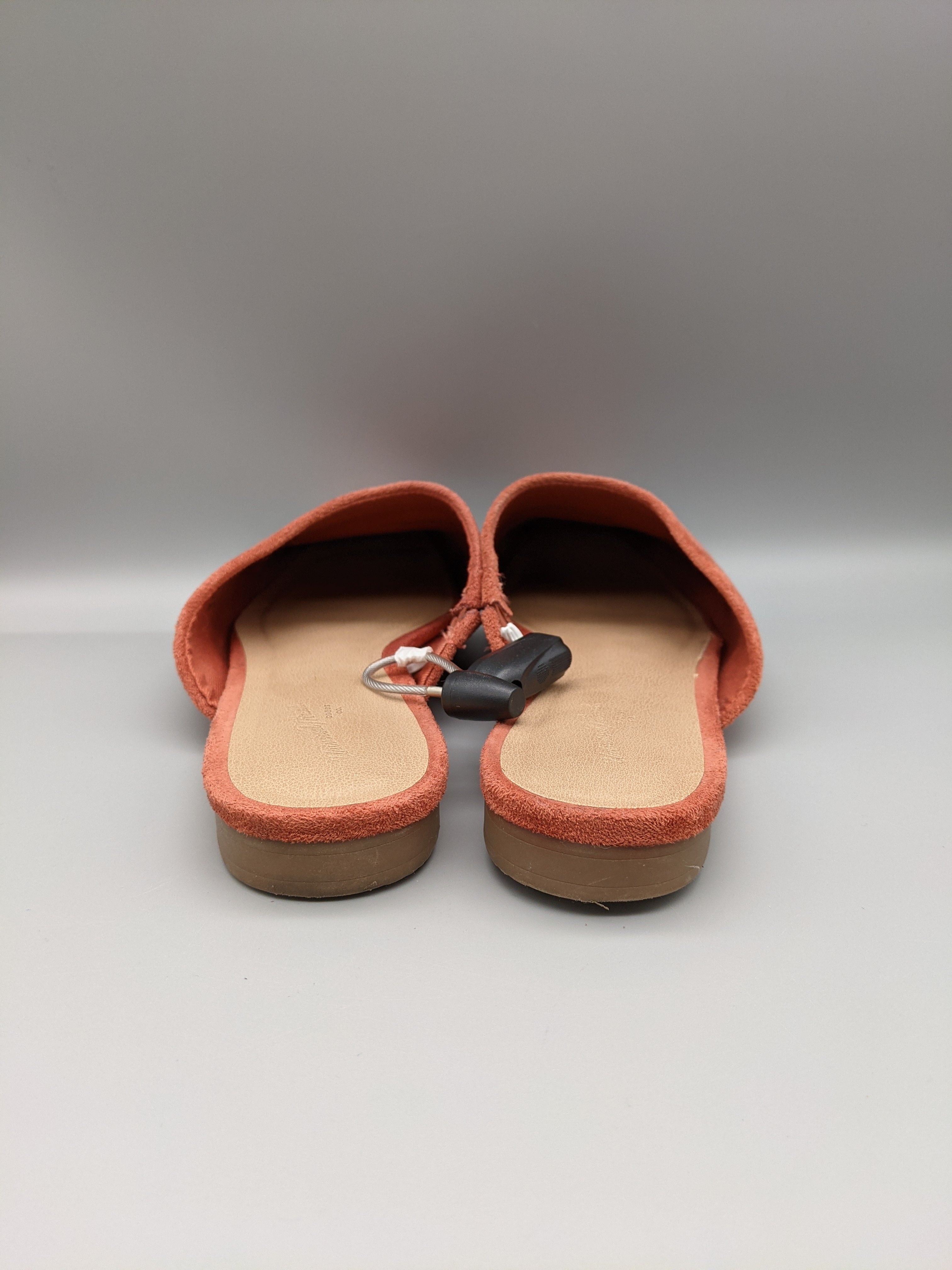 Photo #2 - BRAND: UNIVERSAL THREAD <BR>STYLE: SHOES FLATS <BR>COLOR: CORAL <BR>SIZE: 9 <BR>SKU: 115-115347-1693<BR>SOME WEAR